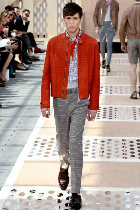 1375286424_louis_vuitton_mens_collection_spring_summer_2014_23