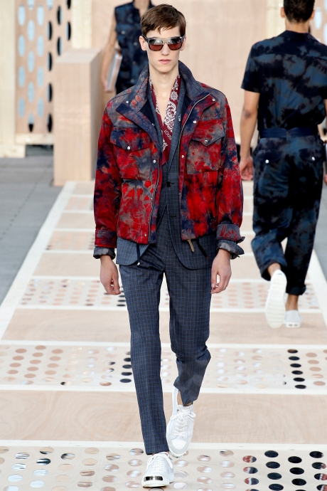 1375286448_louis_vuitton_mens_collection_spring_summer_2014_30