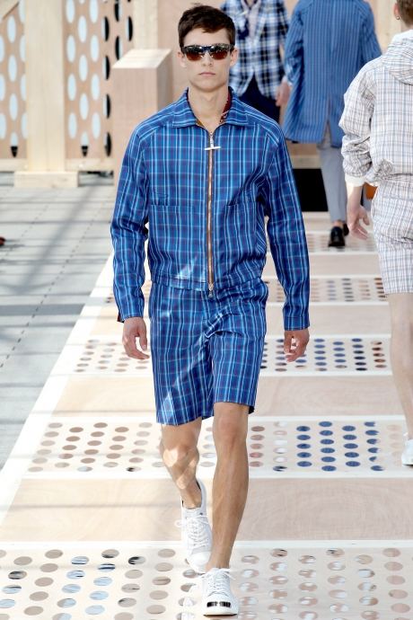 1375286450_louis_vuitton_mens_collection_spring_summer_2014_14