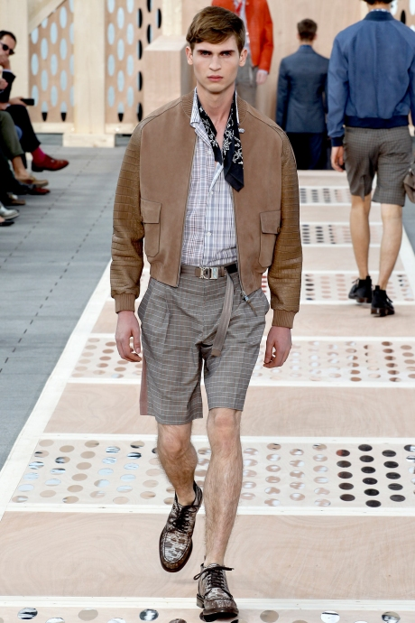 1375286458_louis_vuitton_mens_collection_spring_summer_2014_22