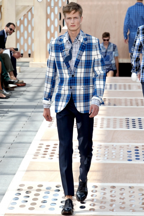 1375286373_louis_vuitton_mens_collection_spring_summer_2014_16