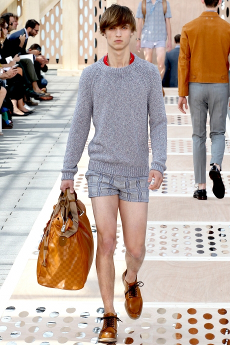 1375286374_louis_vuitton_mens_collection_spring_summer_2014_05