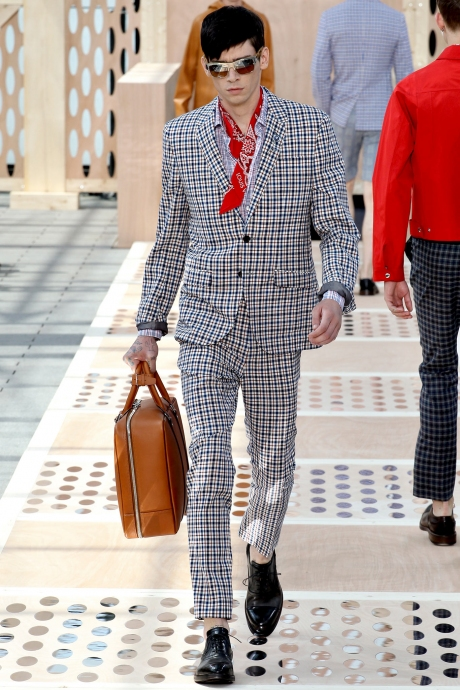 1375286378_louis_vuitton_mens_collection_spring_summer_2014_09