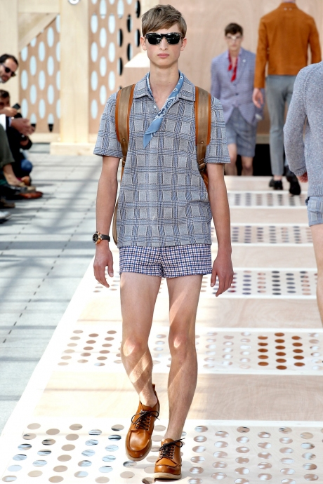 1375286390_louis_vuitton_mens_collection_spring_summer_2014_06