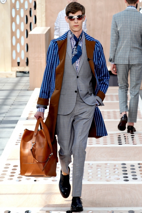 1375286397_louis_vuitton_mens_collection_spring_summer_2014_12