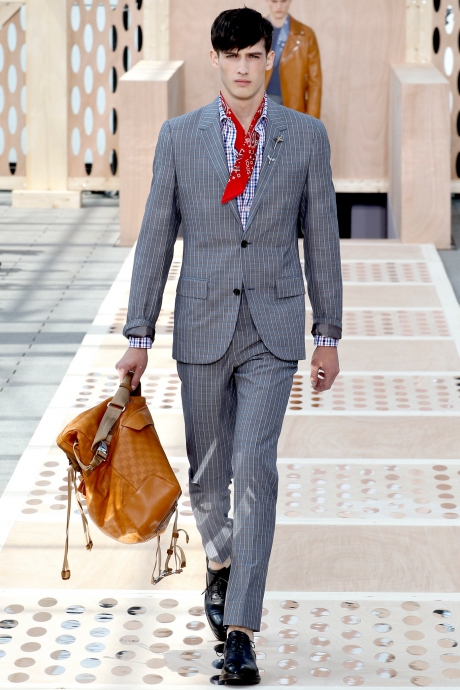 1375286405_louis_vuitton_mens_collection_spring_summer_2014_01