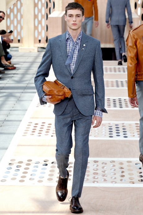 1375286422_louis_vuitton_mens_collection_spring_summer_2014_03