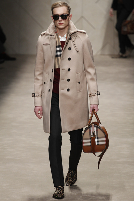 Trench-coat-Burberry-Prorsum-Fall-2013-1