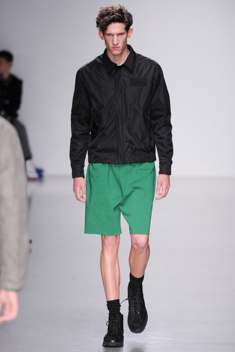 1383658843_review_of_the_comedy_the_nanny_mens_fashion_trends_for_spring_2014_71
